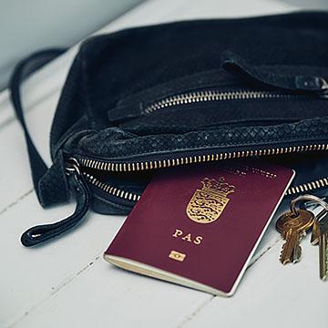 Ansøg om eller forny dansk pas